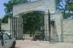 custom-wrought-iron-fence-houston-001
